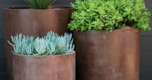 19 Super Chic Outdoor Planters That Will Make your Plants Look Beautiful Than Ever!