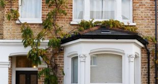 How to restore the exterior of a house that has fallen victim to poor 20th century updates