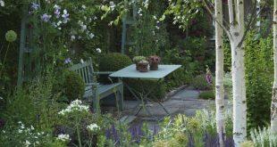 Sitzbereich im Garten #Garten #Sitzplatz #Gartenideen
